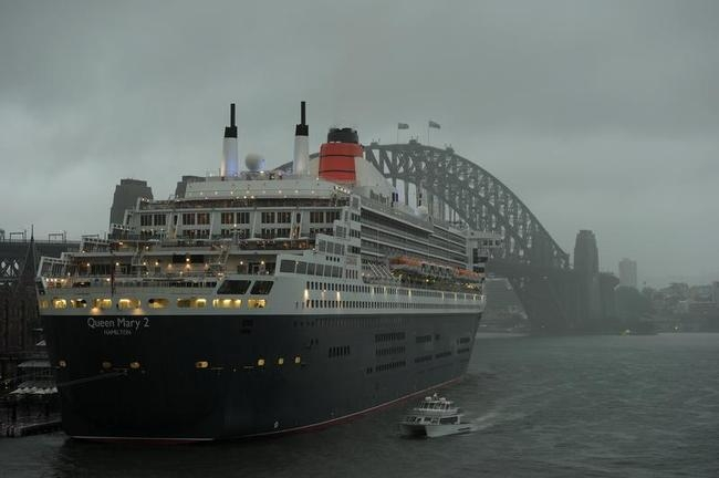 Queen Mary 2 Cruise Ship