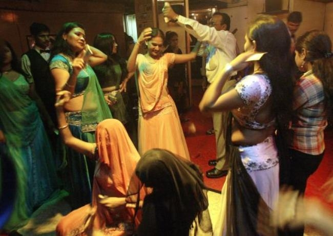 Mumbai Dance Bars
