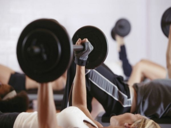 Workouts: 20 Best Workouts for Sexy Toned Thighs Deadlift