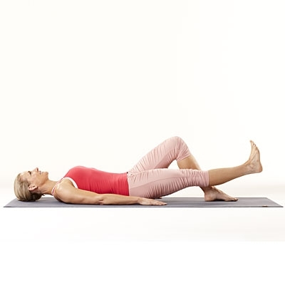 Home Workouts:20 Best Workouts for Sexy Toned Thighs SLR(Straight leg raises)