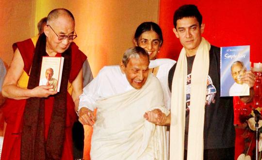 The Dalai Lama, Aamir Khan, J P Vaswani