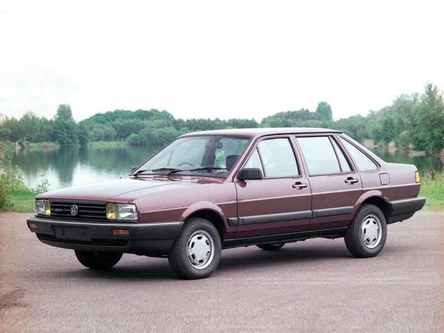 Second generation Volkswagen Passat