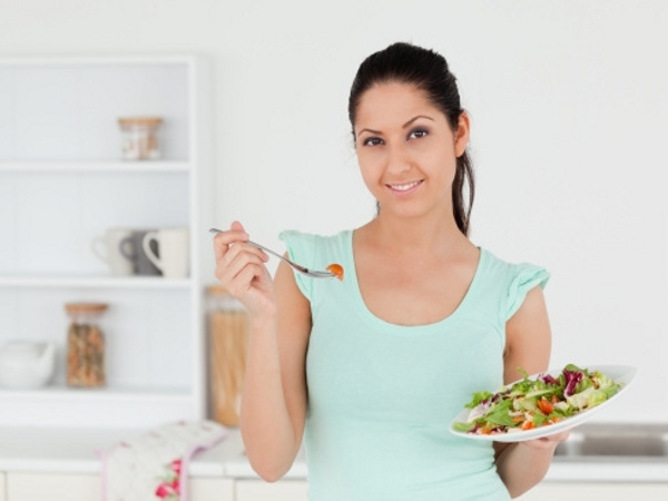Healthy Living: 5 Health Tips That Will Change Your Life : Eat Naturally