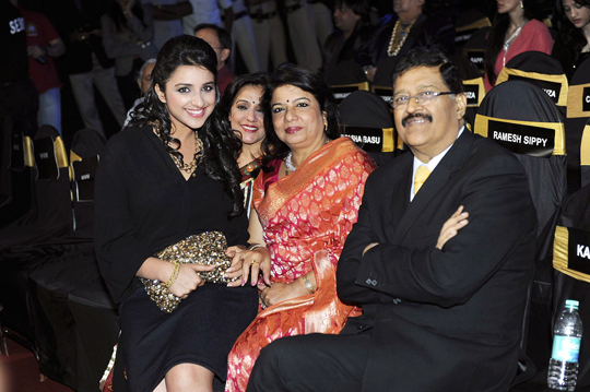 Parineeti with Dr. Ashok and Madhu Chopra