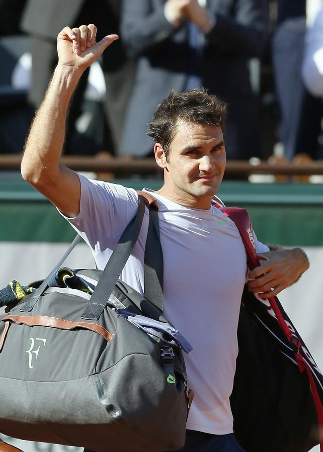 Roger Federer Crashes Out of French Open