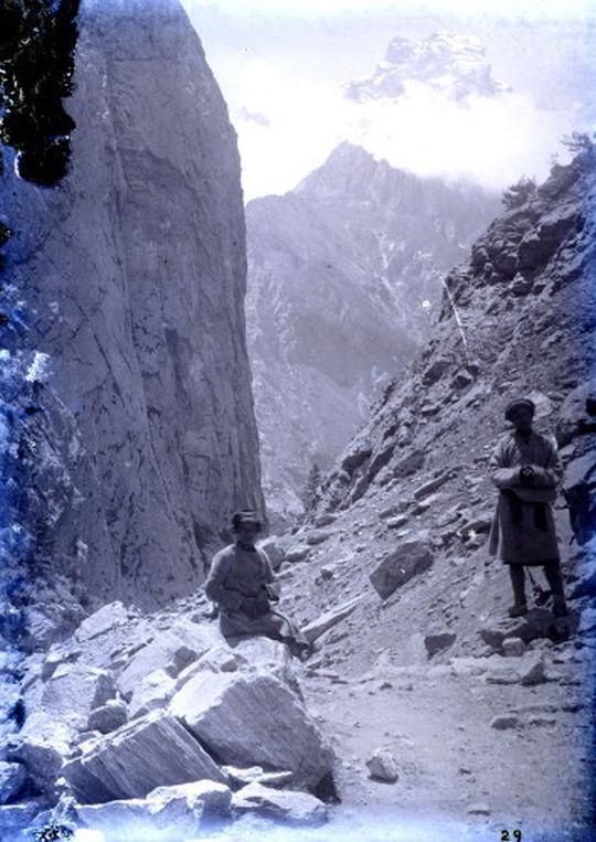 Gneissic gorge between Niti and Gamsali Garwal 1882