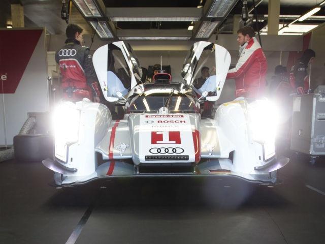 24 Hours of Le Mans Audi R18 e-Tro Quattro