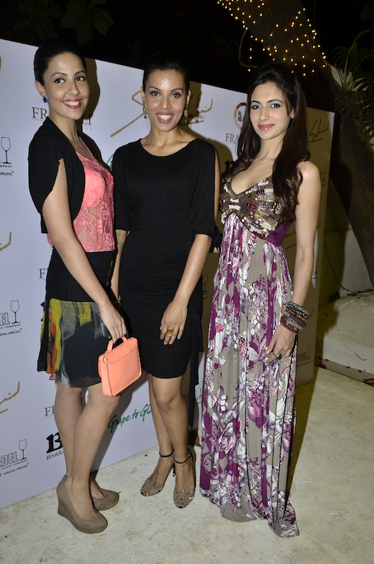 Poppy Jabal, Deepti Gujral