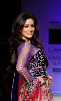 FASHION-INDIA-LAKME-BOLLYWOOD