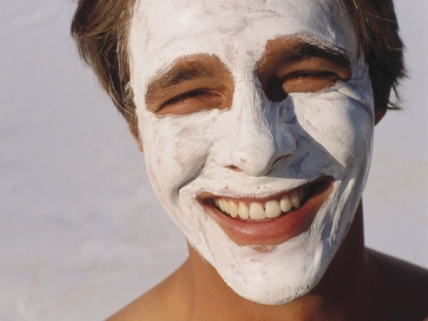 Homemade Beauty Treatments after Holi # 3: Natural cleanser
