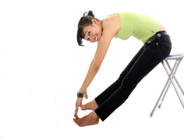 Exercise that Burn Stomach Fat Fast #5: the Captain's Chair Leg Raise
