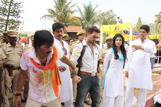 Manish Vatsalya, Ravi Kishan, Neil Nitin Mukesh, Tena Desae and Murli Sharma