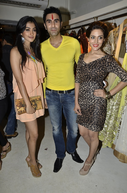Pooja Hegde, Sandeep Soparkar, Sudeepa Singh