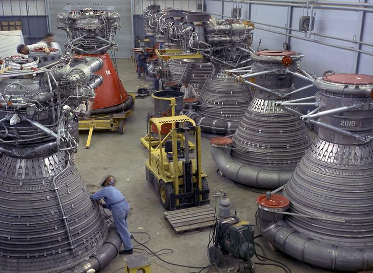 F-1 Rocket Engines