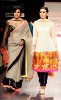 Kajol and Karisma Kapoor