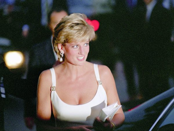 Diana at Luciano Pavarotti's charity concert for Bosnia.