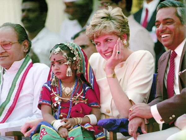 Diana at the Lallapet High School in Hyderabad, India.