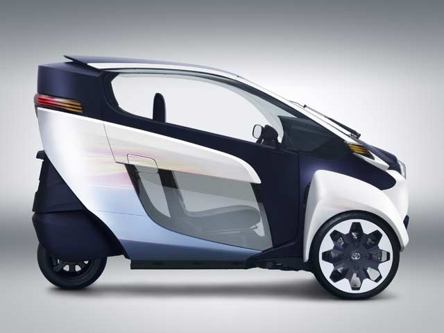 Toyota's new i-ROAD personal mobility vehicle (PMV)