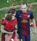 Andres Iniesta, his wife Ana and daughter Valeria