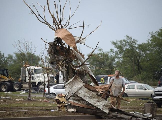 Monstrous Tornado Strikes Oklahoma