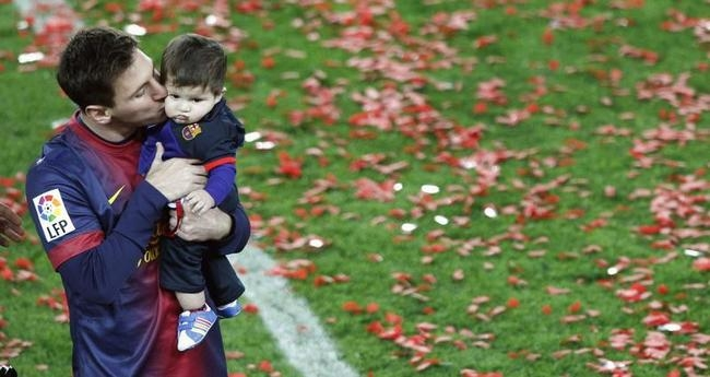 Lionel Messi and Thiago