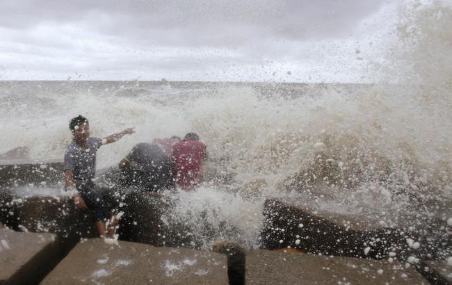 Cyclone Mahasen