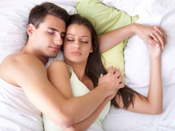 Издевательства над пьяной спящей малолеткой (17.4 мб)