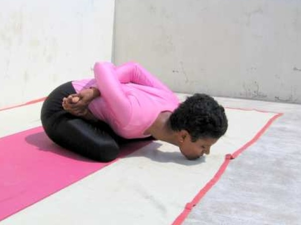 Back Pain: 20 Yoga Poses for Backache: Yoga Mudra