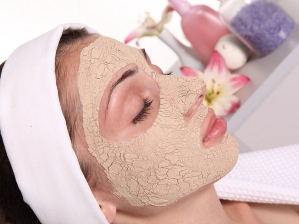 Home Remedies for Skin Care : 20 Herbs for Oily Skin : Fullers earth (Multani mitti)