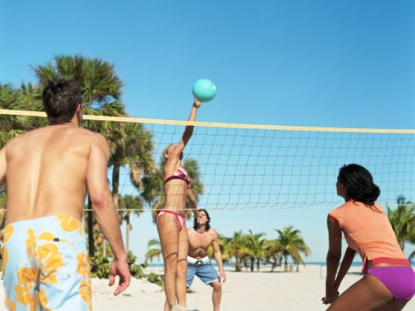 Summer Slimming Workout # 6: Volleyball