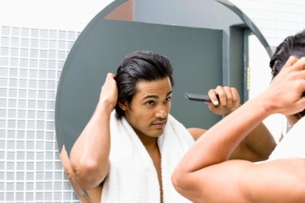 Hair Care: Summer Hair Problems in Men : greasy scalp
