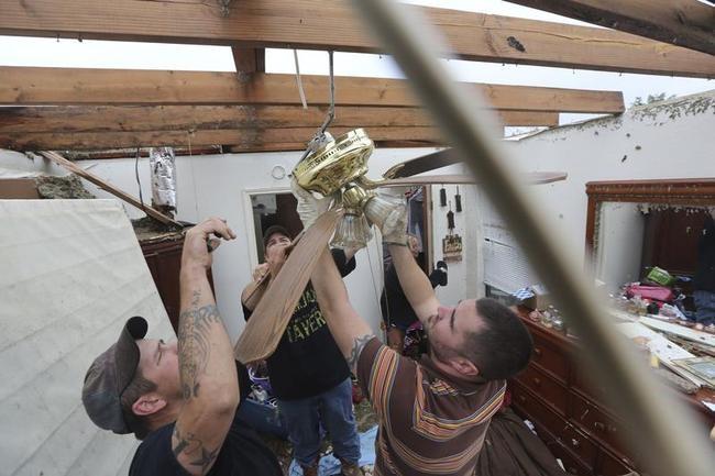 12 Tornadoes Whip Through Texas
