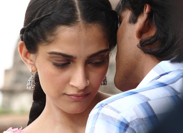 Sonam Kapoor, Dhanush