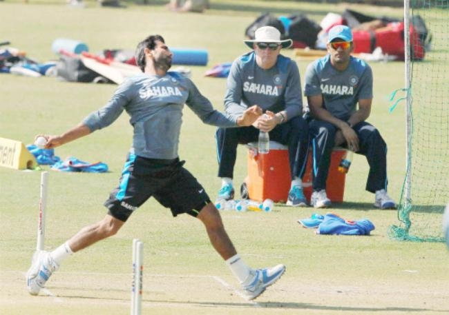 Mohammed Shami bowling in the nets