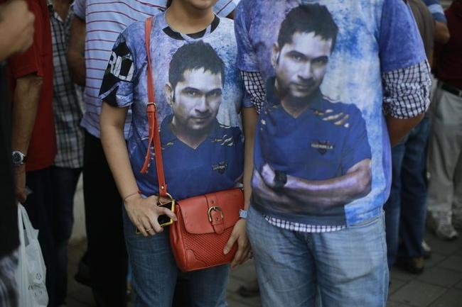 Sachin, Sachin... From Jammu to Chennai