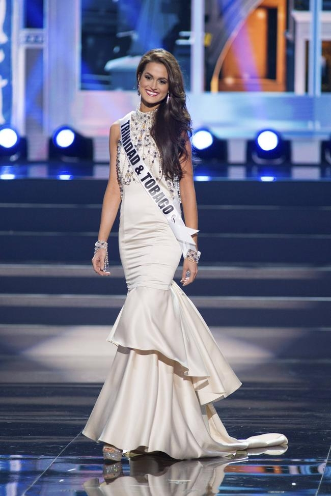 Miss Universe 2013: Evening Gown Round