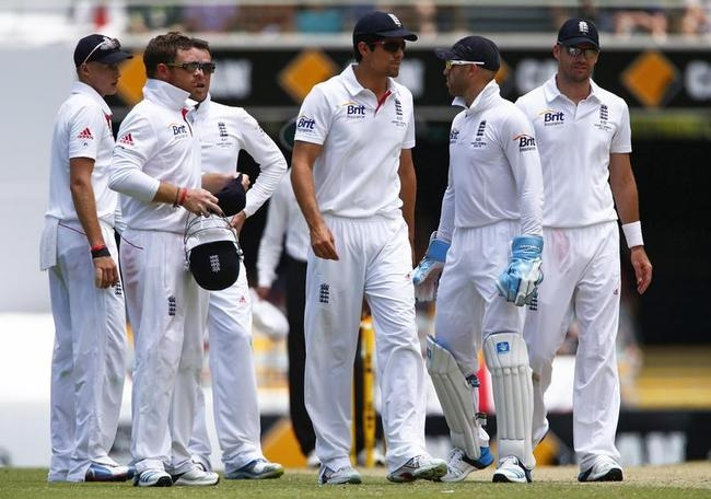 Lunch Time; Australia 145/2