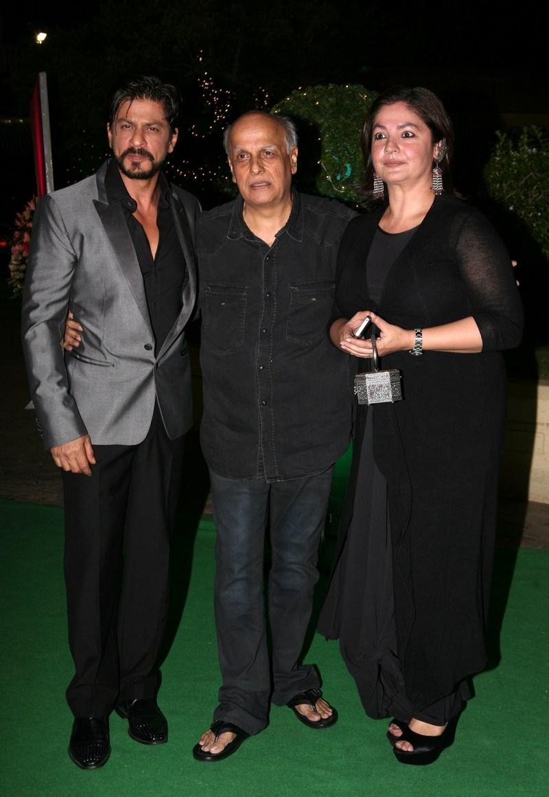 Shah Rukh Khan, Mahesh Bhatt and Pooja Bhatt