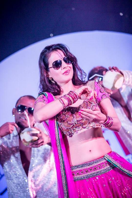 When ameesha patel did the lungi dance in bangkok for Amisha indian cuisine