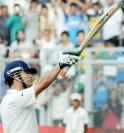 Sachin Tendulkar acknowledges the fans