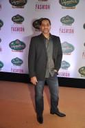 Vikram Bawa at Signature International Fashion Weekend