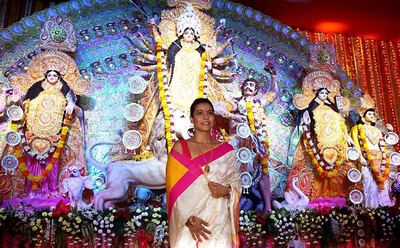 Kajol at Durga Puja pandal