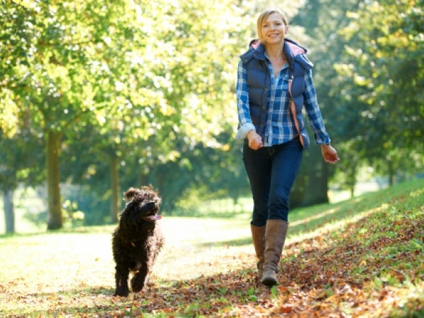 Study: Walking tied to fewer breast cancers in older women