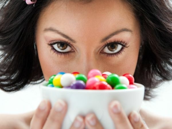 Ten Commandments for Health and Strong Teeth # 6: Be cautious while eating sweets