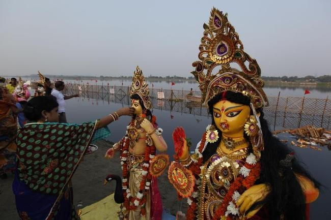 Durga Puja Ends With Idol Immersion