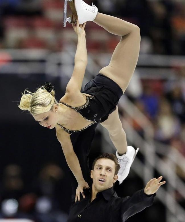 Kirsten Moore-Towers, Dylan Moscovitch