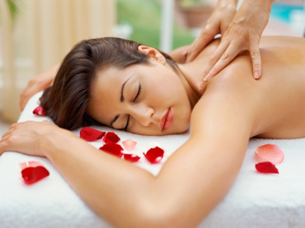 Best Way to Pamper Yourself This Weekend # 19: Do some massage