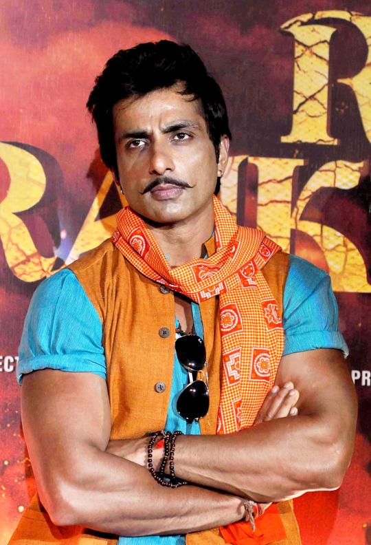 Shahid, Sonakshi, Sonu At R... Rajkumar Trailer Launch ... R Rajkumar