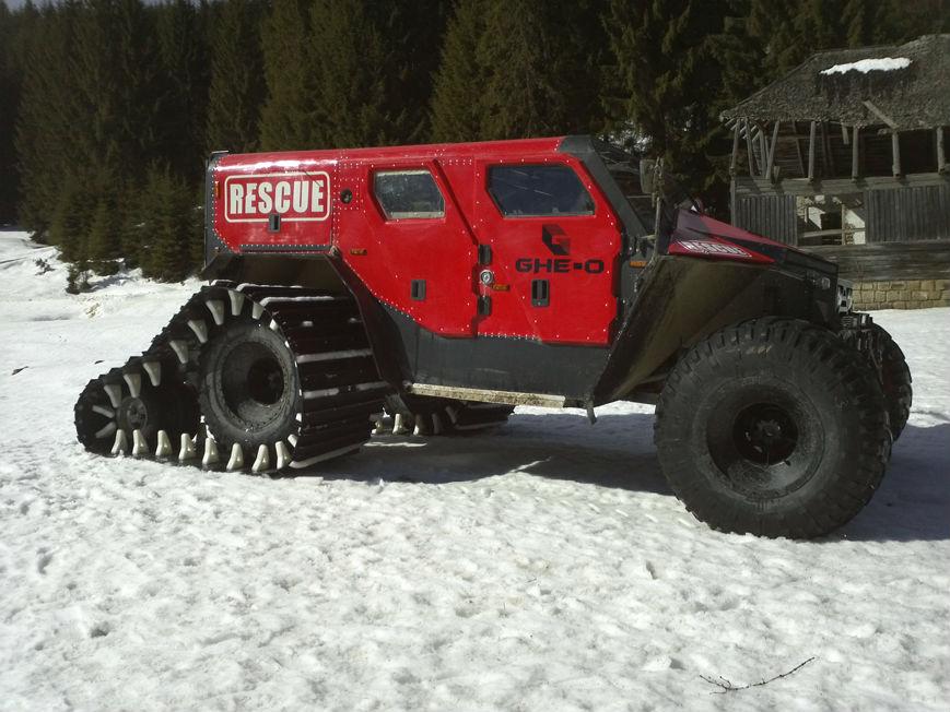 Rescue Off-Roader