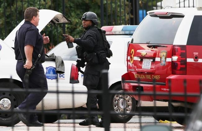 Shooting At Washington DC Navy Yard Reportedly Leaves Several Wounded